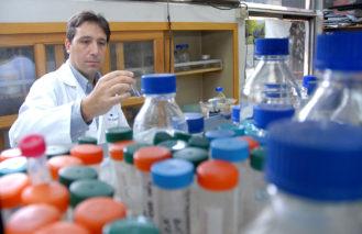 Comité ético de la UC aprobó realizar pruebas en humanos de vacuna contra virus sincicial